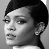 Rihanna'dan Bir İlk: Dijital Dergi Kapağı!