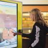 Siparişleri Akılda Tutan Hamburger Restoranı