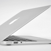 Apple MacBook Air Sadece 11 inch!
