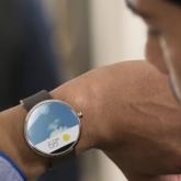 Kablosuz Şarj Olabilen Akıllı Saat: Moto 360