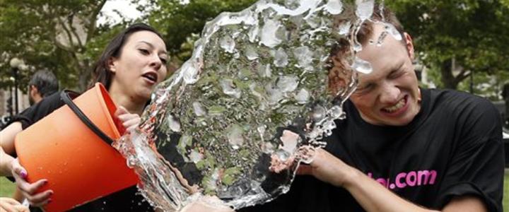 Ajanslardan Ice Bucket Challenge Kampanyasına Destek