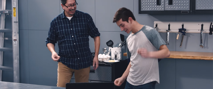 Gillette: Tıraş Olmayı Babanızdan Öğrenin