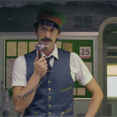 Wes Anderson İle H&M'den Film Tadında Yılbaşı Reklamı