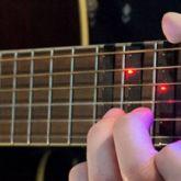 Gitar Çalmayı Öğreten Led Işıklı Aparat: FRETX