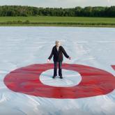 Arby's'den Guinness Rekorlar Kitabı'na Giren Dünyanın En Küçük ve En Büyük Reklamı
