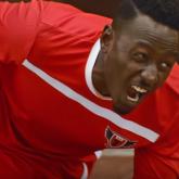 Yapılan Faul Sonrası Yuvarlanarak KFC'ye Giden Futbolcu